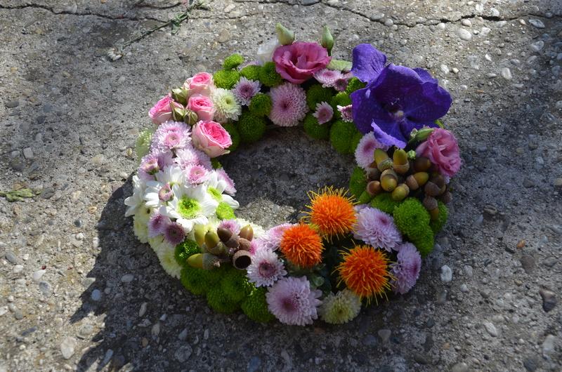 Services-dernier-hommage-carre-roses-bordeaux