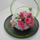 décoration-mariage-carre-roses-bordeaux-3