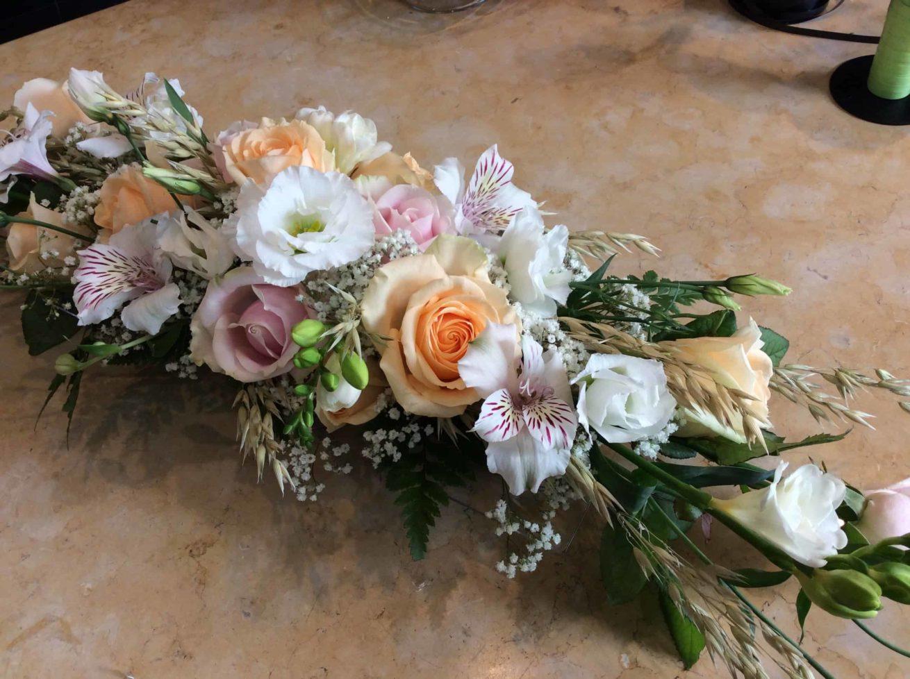décoration-mariage-carre-roses-bordeaux-6