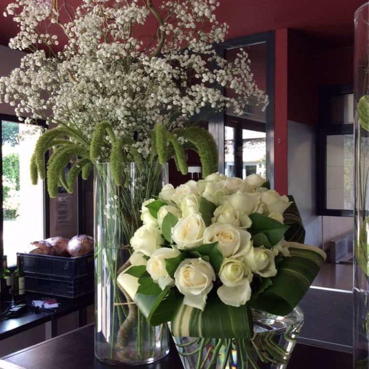 Décoration pour mariage Carre Roses Bordeaux