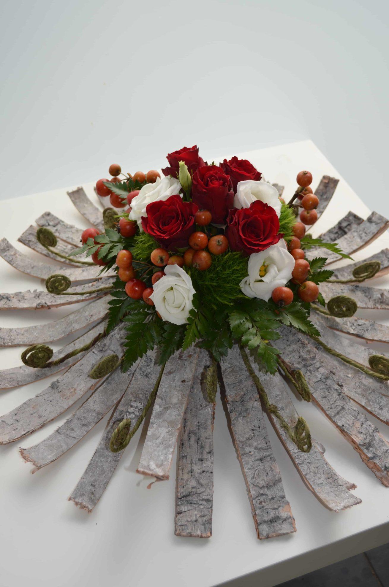 deuil-carre-roses-bordeaux-3