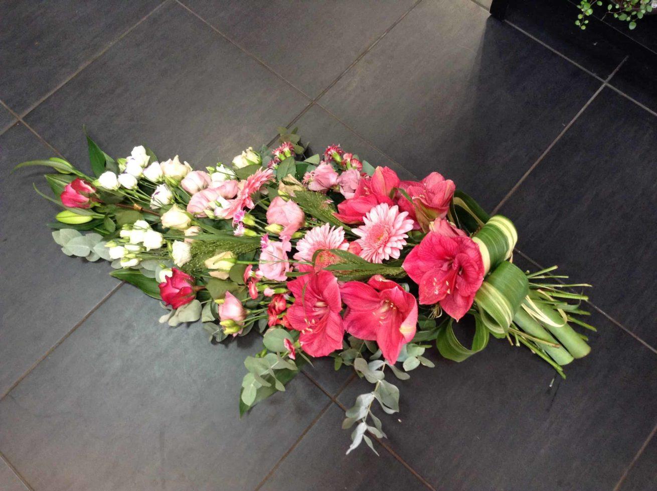 deuil-carre-roses-bordeaux-7