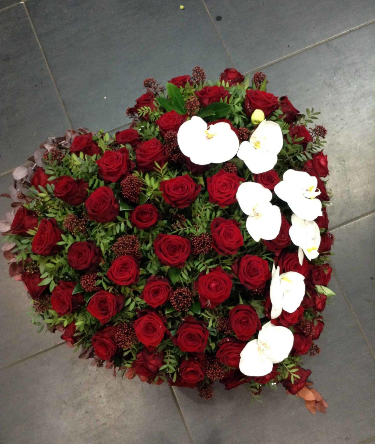 deuil-carre-roses-bordeaux-9
