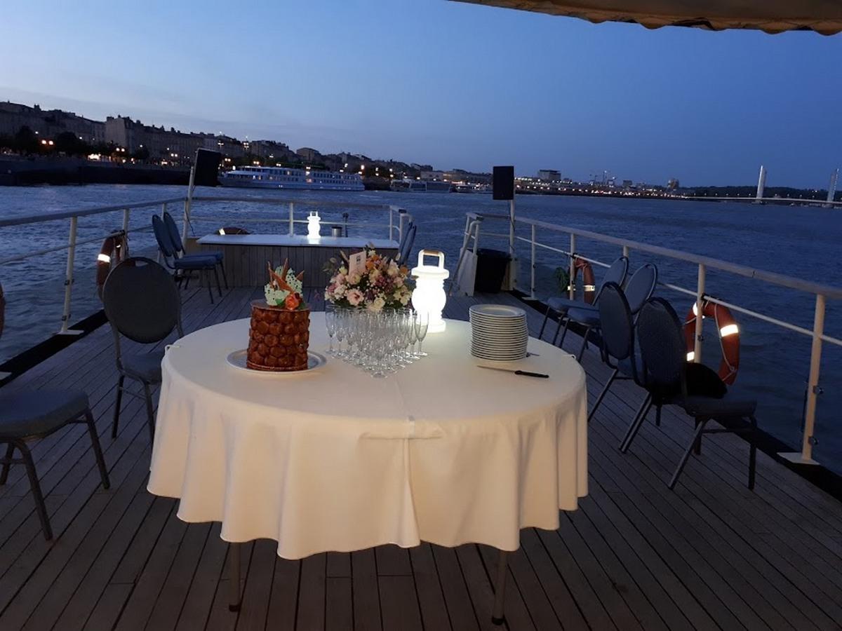 Evenement  Carre Roses Bordeaux