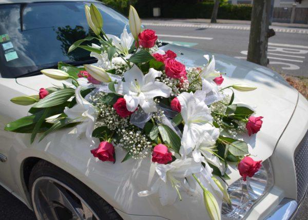 déco florale voiture mariage fleuriste
