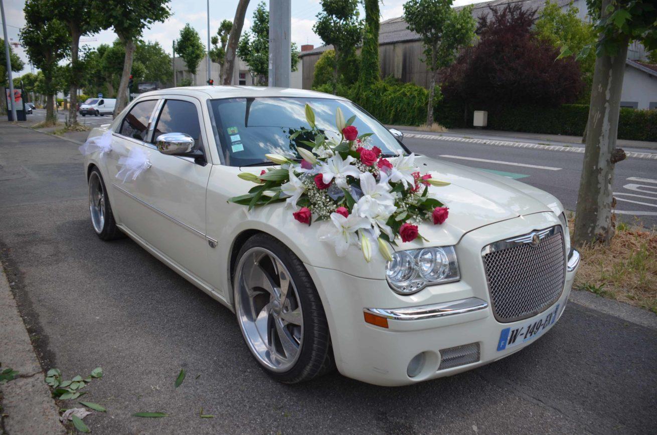 voiture-maries-carre-roses-bordeaux-2
