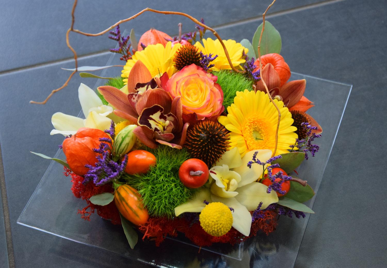 carre-roses-composition-fleurs-bordeaux-fleuriste