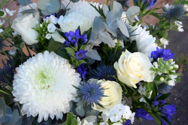 bouquet champetre bleu et blanc bègles