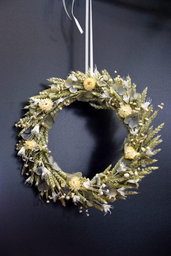 couronne épurée déco fleuriste