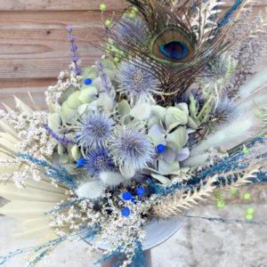 bouquet sec bleu fleuriste bordeaux